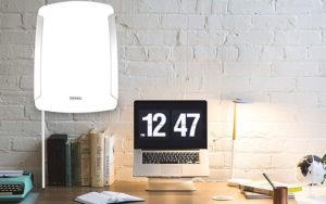 Lampe de luminothérapie : une demi-heure d'exposition en travaillant