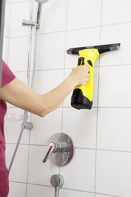 Kärcher Nettoyeur de vitre et fenêtres WV 5 Premium - 9 nettoyage du carrelage de la douche