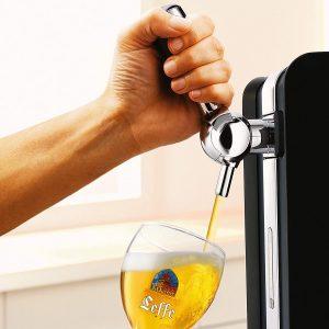 Servir une bière